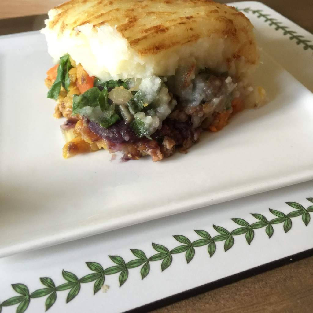 vegan sheppard's pie cut
