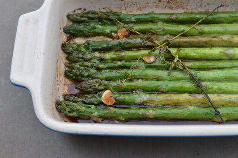 Easy Bake Spring Time Veggie: Asparagus